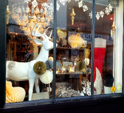 banbury_xmaswindow2
